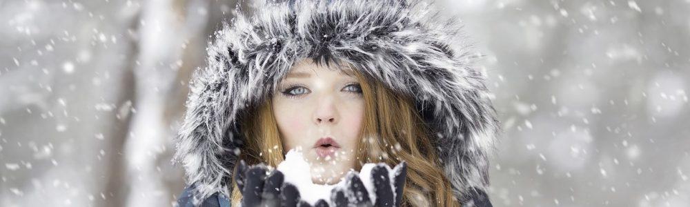 femme hiver-1127201_1280